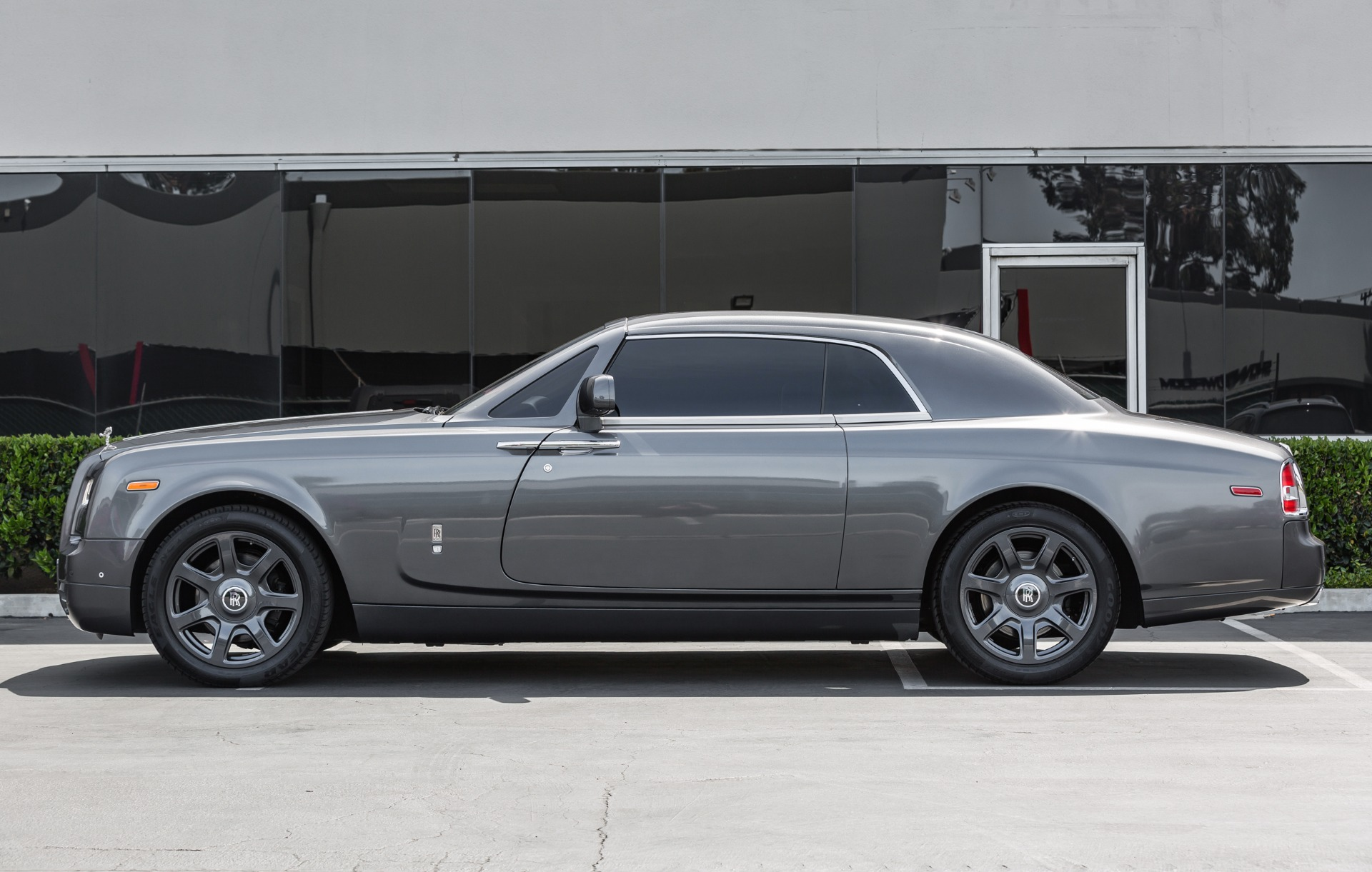 used 2015 rolls royce phantom coupe for sale auto hype. Black Bedroom Furniture Sets. Home Design Ideas