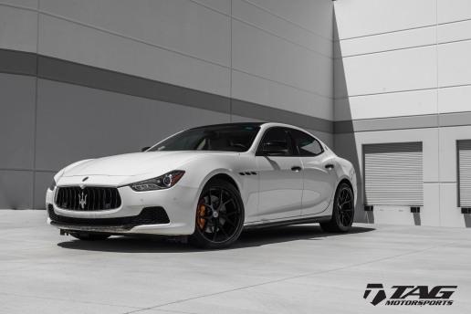 Maserati Ghibli with HRE P101 Wheels