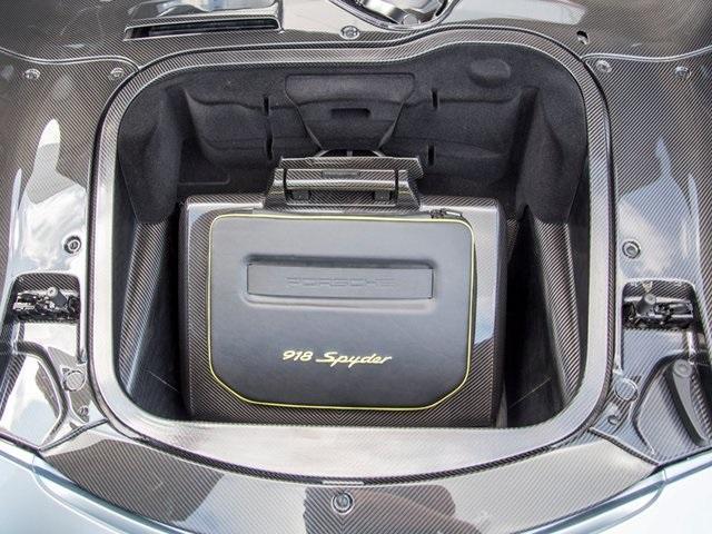 2015 Porsche 918 Spyder w/Weissach Package