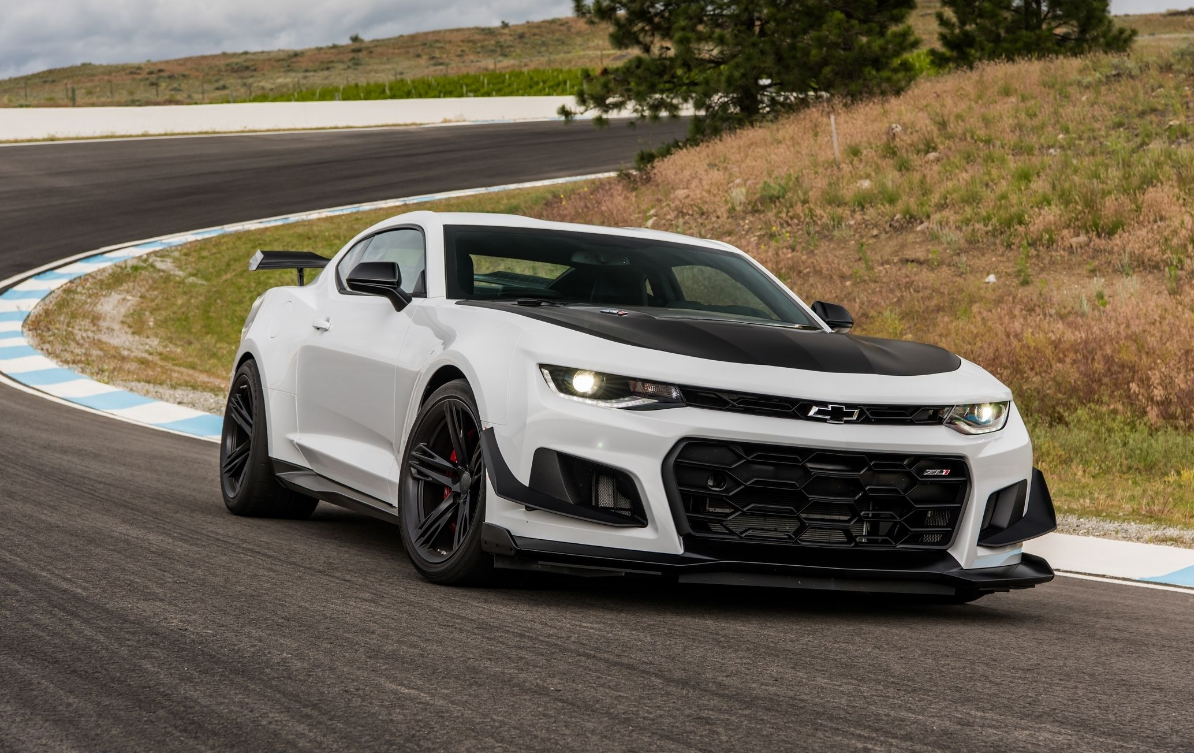 2018 chevrolet camaro zl1 1le quick review auto hype. Black Bedroom Furniture Sets. Home Design Ideas