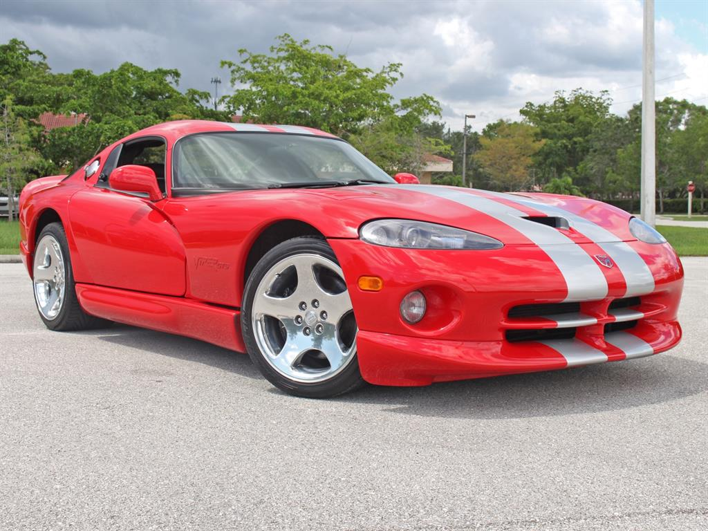 front reviews convertible rating viper and motor used angular trend dodge cars srt
