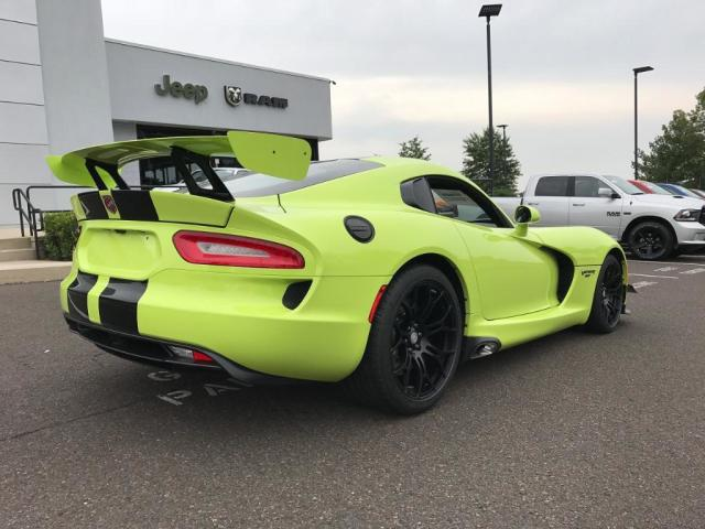 new 2017 dodge viper gtc for sale auto hype. Black Bedroom Furniture Sets. Home Design Ideas