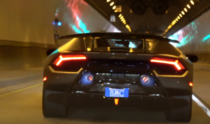 ... Huracán Performante accelerating multiple times through a tunnel shooting sustained blue flames from its center-exit exhaust pipes when on throttle! & Lamborghini Huracan Performante Shooting Flames in Tunnel! (Video ...