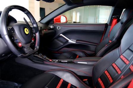 2013 Ferrari F-12 Berlinetta