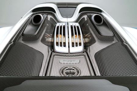 2015 Porsche 918 Spyder w/Weissach Pkg