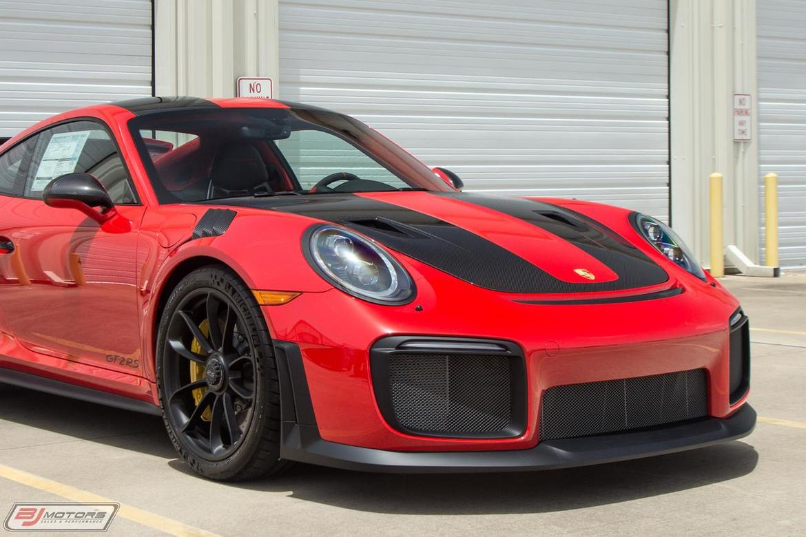 2018 Porsche 911 GT2 RS Weissach Package
