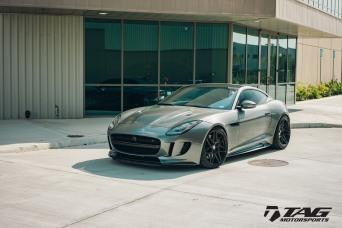 Jaguar F Type R