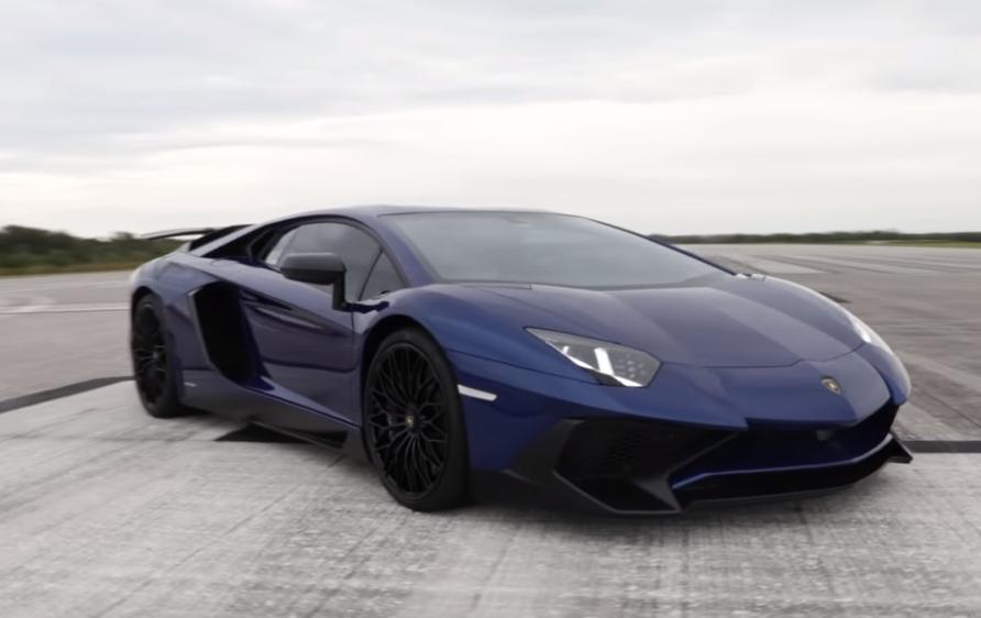 2016 Lamborghini Aventador LP750 4 SV Top Speed! (Video)