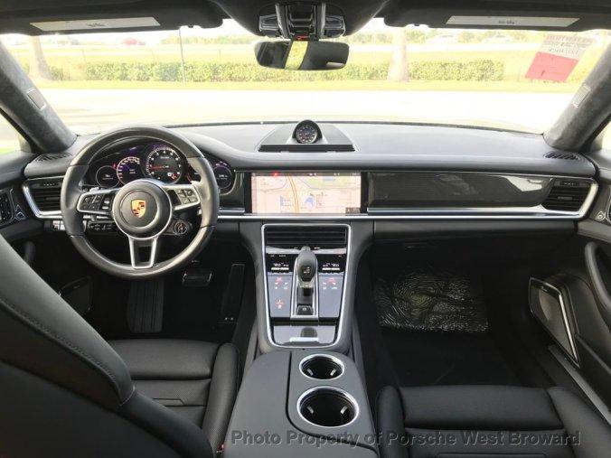 2018 Porsche Panamera Turbo Sport Turismo